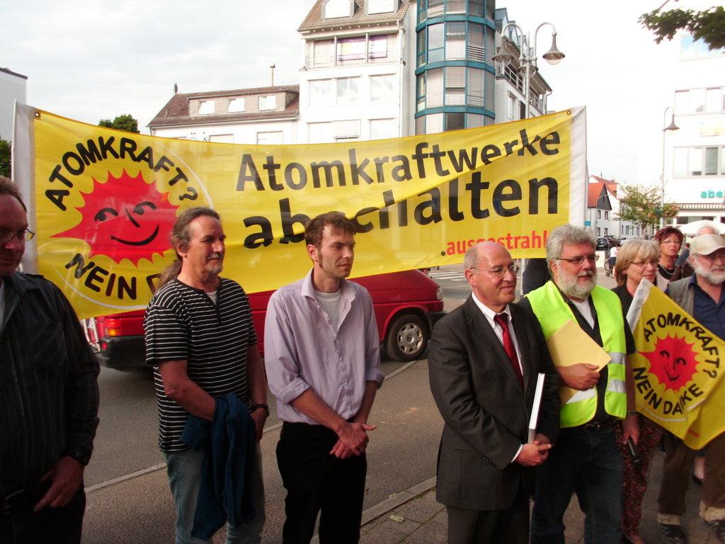 "114. Mahnwache ""Atomkraft - Nein, danke!"" in Langen @ Lutherplatz, Langen"